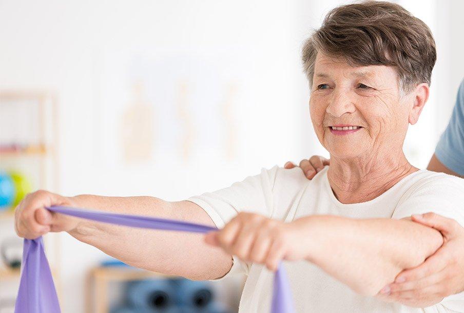 Ćwiczenia dla osób starszych w naszym domu seniora