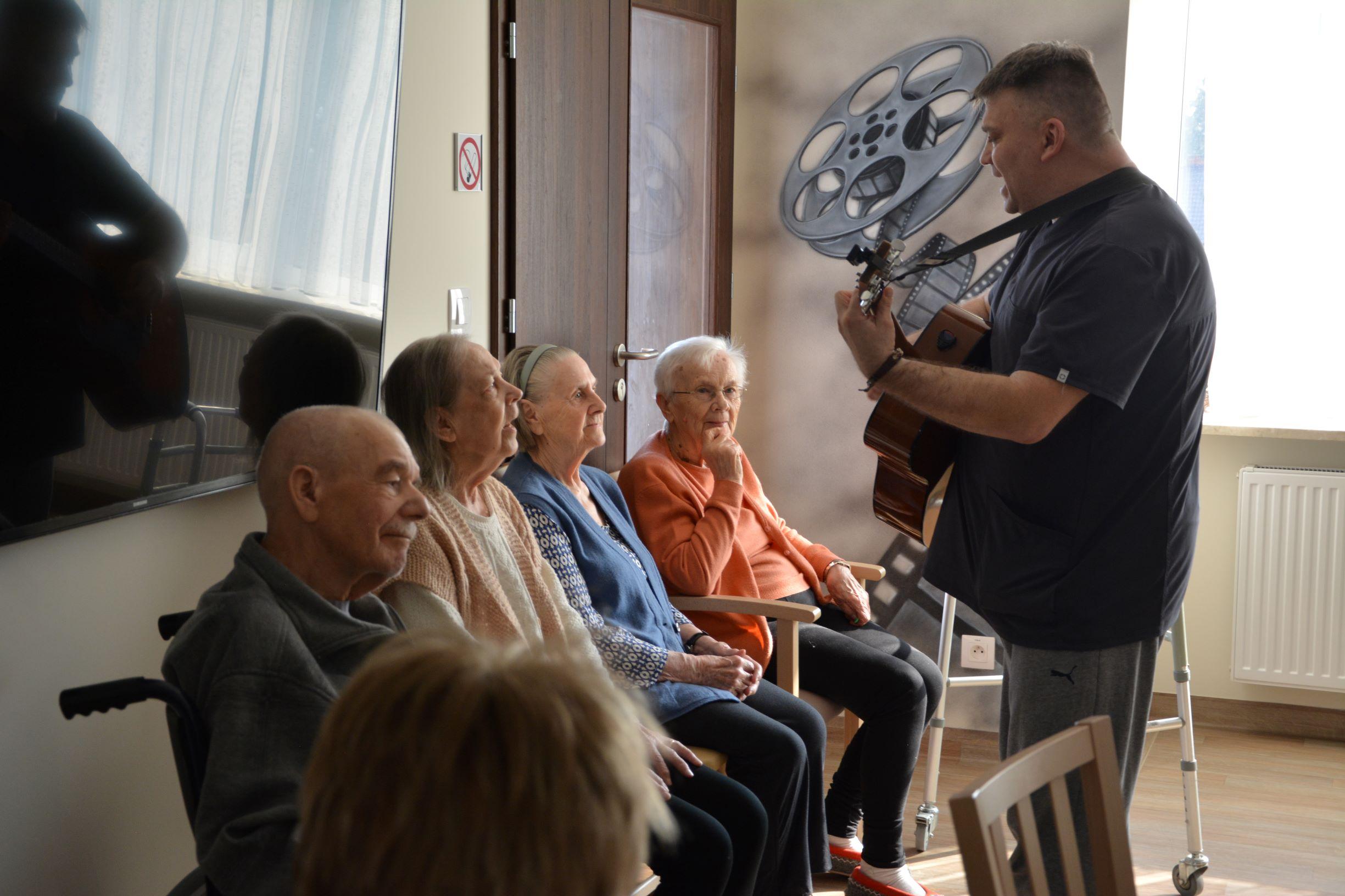 Muzyka w Domu Rezon.